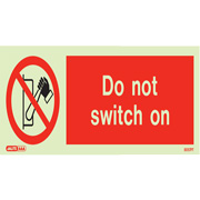 Do Not Switch On 8152