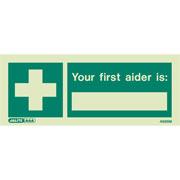 First Aider 4986